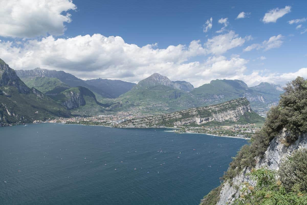 Sentiero Busatte Tempesta verso Riva